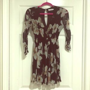 3/4 touched sleeve dress